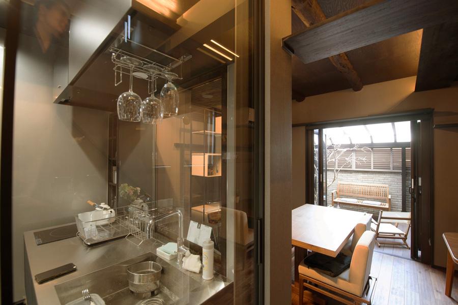 京都嵯峨の猫と暮らすモデルハウス キッチン